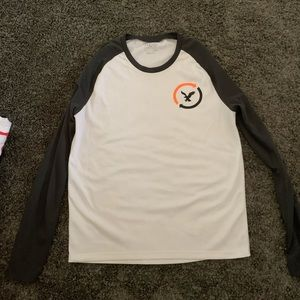 American eagle outfitter long sleeve t shirt